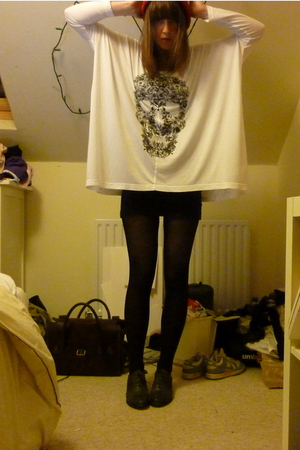 white Illustrated People t-shirt - blue Topshop vest - black H&M tights - gray T