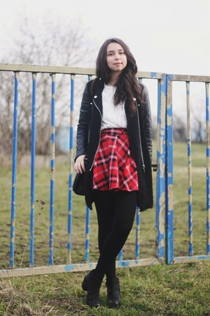 Chicwish skirt - Zara coat - H&M blouse