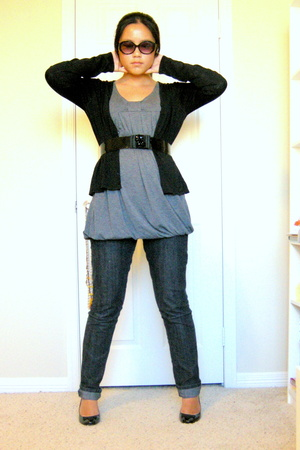 f21 jeans - top - sweater - belt