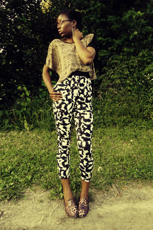 camel Forever 21 top - black H&amp;M pants - Steve Madden flats