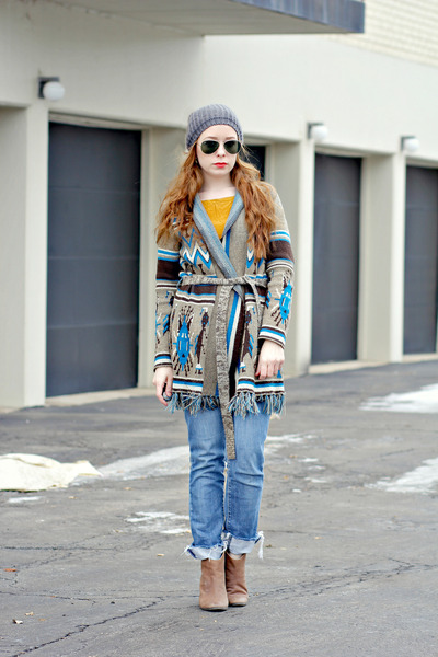 tribal print cardigan - gap ankle boots boots - jeans - hat