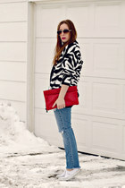 zebra print dvf sweater - jeans - white Vans sneakers