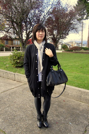 Wood Wood sweater - Muji scarf - sam edelman boots