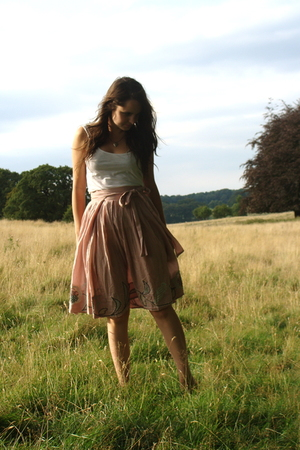 white Topshop top - pink wrap Ginka skirt - silver locket vintage necklace