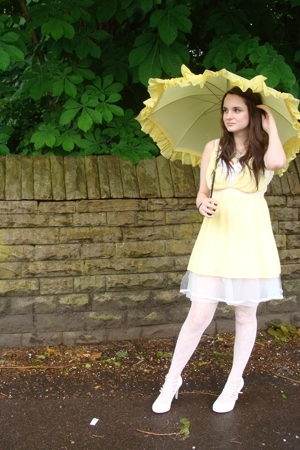 yellow grecian vintage dress - white strappy Topshop shoes
