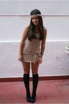 black Primark tights - tan Primark dress - black Bershka heels