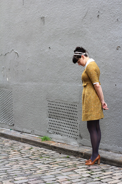 brown Bertie shoes - bronze vintage dress - camel vintage coat
