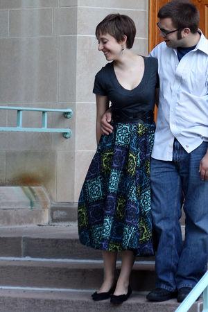 gray Wet Seal t-shirt - black For Love 21 belt - blue vintage skirt - black DSW