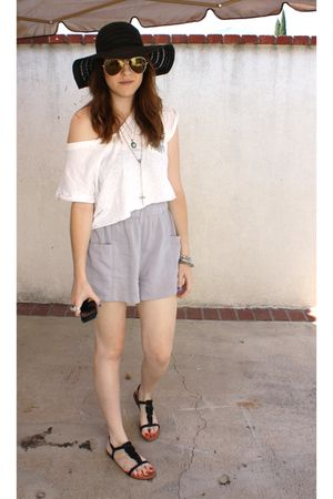 f21 top - Nordstrom Rack shorts - Steve Madden shoes