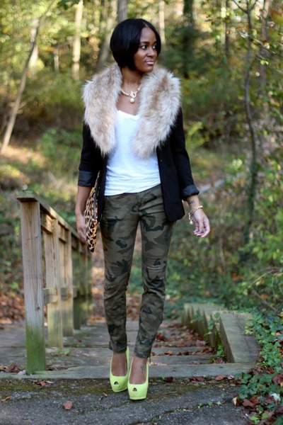 Black-h-m-blazer-olive-green-zara-pants