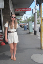 Whitney Eve dress - vintage belt - Fokus sunglasses - thrifted - Serrico purse