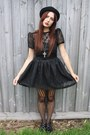 School-shoes-dr-martens-shoes-studded-rose-vintage-dress
