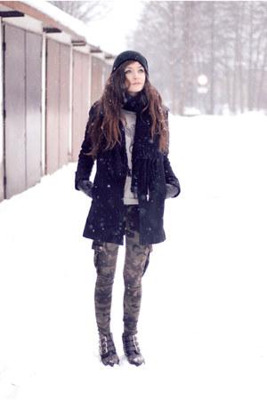black minimal Choies coat - army Mango pants - heather gray boy romwe blouse