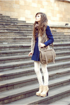 beige romwe bag - navy elegant Sheinside coat - tan fur Bershka vest