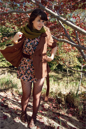 black vintage dress - green Target scarf - brown Forever 21 coat - brown modclot