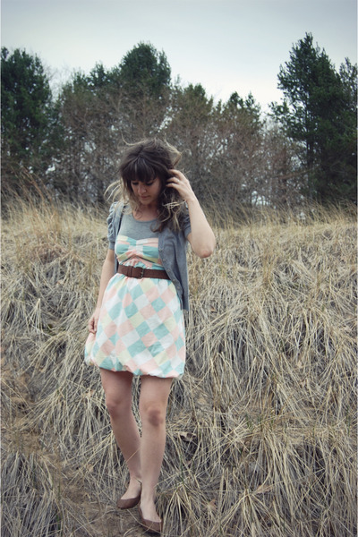 white modcloth dress - brown Urban Outfitters shoes - brown Forever 21 belt - gr