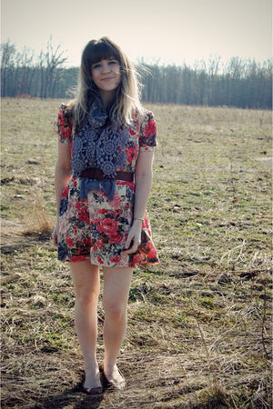 pink modcloth dress - gray modcloth scarf - brown Urban Outfitters shoes - brown