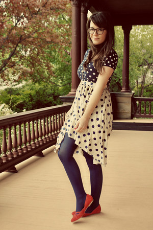 dark brown BonLook glasses - navy We Love Colors tights
