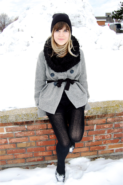 black Army Surplus Store hat - black Urban Outfitters shoes - gray Gap coat