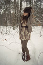 Dark-brown-vintage-crown-boots-eggshell-vintage-dress-army-green-american-ap