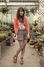 Heather-gray-modcloth-shorts-tawny-blowfish-shoes-heels-coral-lee-birch-ca
