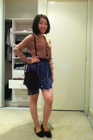 suede bag - cotton on cardigan - suede sambag flats - cotton on skirt