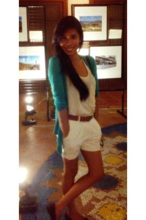 eggshell shorts - green candy blazer - burnt orange belt - eggshell blouse