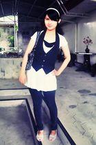 white blouse - black vest - black jeans - white shoes