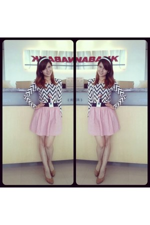 bubble gum skirt - off white aztec blouse