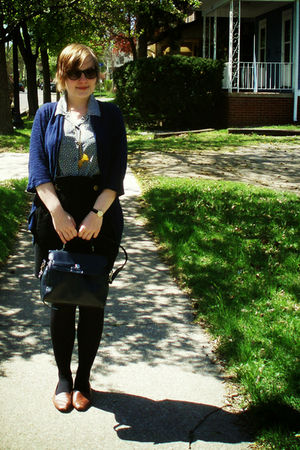 blue Charlotte Russe cardigan - gray thrifted blouse - black fredflare skirt - b