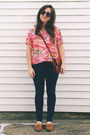 Tawny-minnetonka-shoes-navy-gap-jeans-hot-pink-vintage-shirt