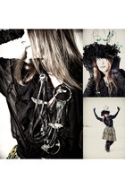 black vintage blouse - green babette versus necklace