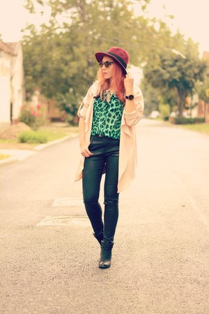 Choies hat - Choies coat - Zara jeans - romwe shirt