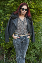 feather Mango jacket - vintage jeans - leopard print random shirt