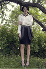 Cream-vintage-via-shoppalu-blouse-gray-iis-of-norway-skirt-black-zara-wedges