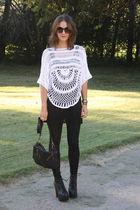 white Seventh Door sweater - black alternative top - black Seventh Door leggings
