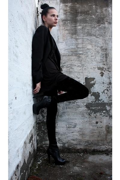 black KappAhl blazer - black Forever21 dress - black Cubus leggings - black GoJa