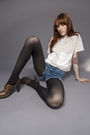 Brown-steve-madden-shoes-blue-miss-sixty-shorts-beige-vintage-blouse