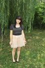Beige-urban-outfitters-skirt-black-h-m-shirt-black-moms-shoes-gold-spotted