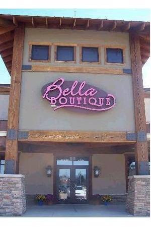 Bella Boutique Store Front
