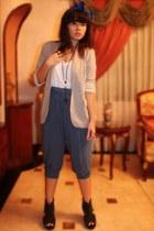 heather gray Details blazer - white Forever 21 t-shirt - navy pants - gray Soule