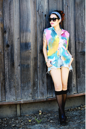 watercolor UNIF shirt - strappy wedges Forever 21 shoes - Forever 21 sunglasses