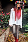 Vintage-boots-vintage-hat-forever-21-leggings-free-people-shirt
