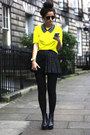 Black-skirt-yellow-top