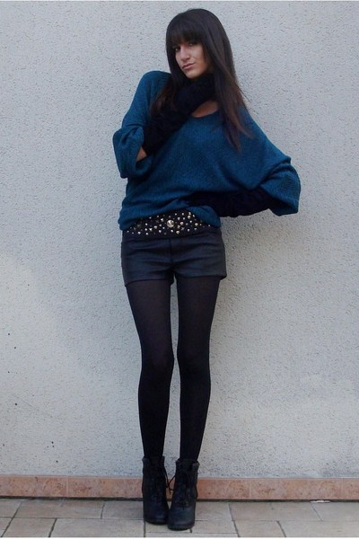 green numph sweater - black Paris belt - black H&M shorts - black UO boots
