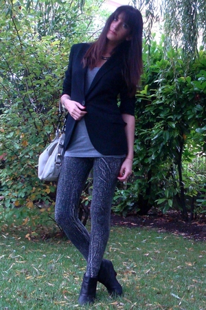 Zara blazer - f21 top - Zara shoes - Zara accessories - H&amp;M leggings
