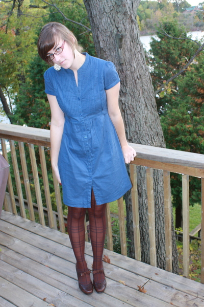 UO dress - Meijer tights - Hush Puppies shoes - kohls sweater - Icing earrings