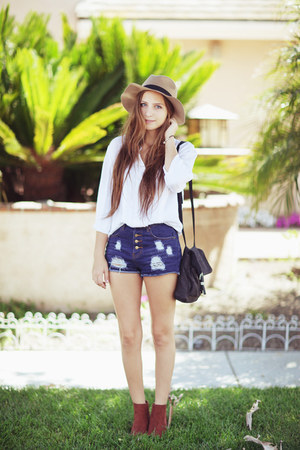 navy shorts - burnt orange H&M boots - tan hat - white blouse