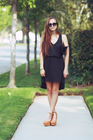 beige Steve Madden heels - black dress