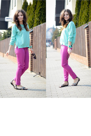 aquamarine Bershka sweater - hot pink Bershka pants